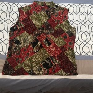 Red and green crushed velvet like mock neck  top